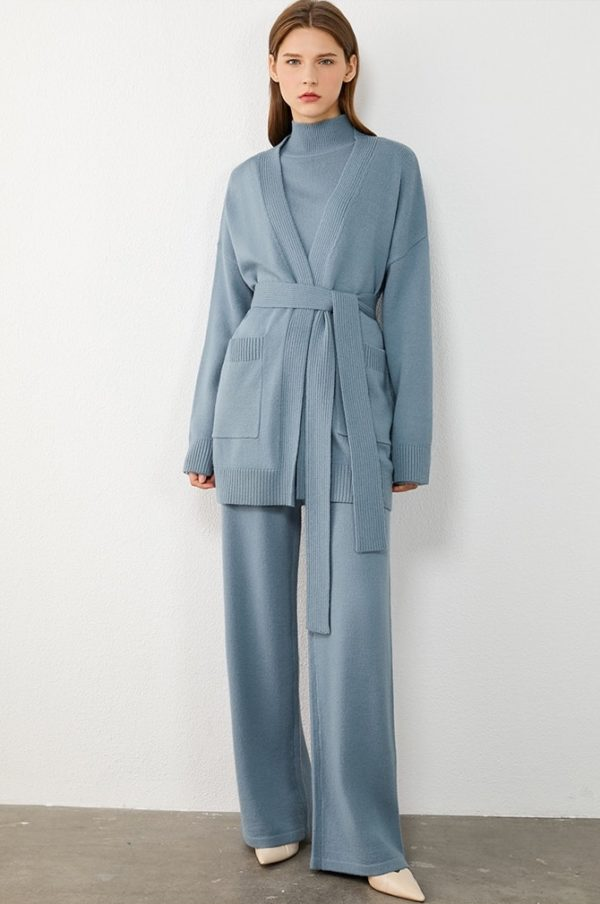 Minimalist Loose Knitted Three-Piece Suit